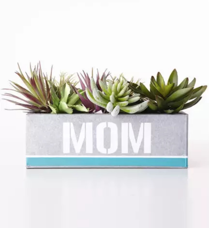 8 DIY Mother's Day Gifts She Won't Believe You Made Yourself